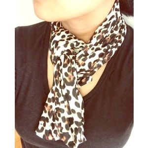 Wet Seal Leopard Print Infinity Scarf